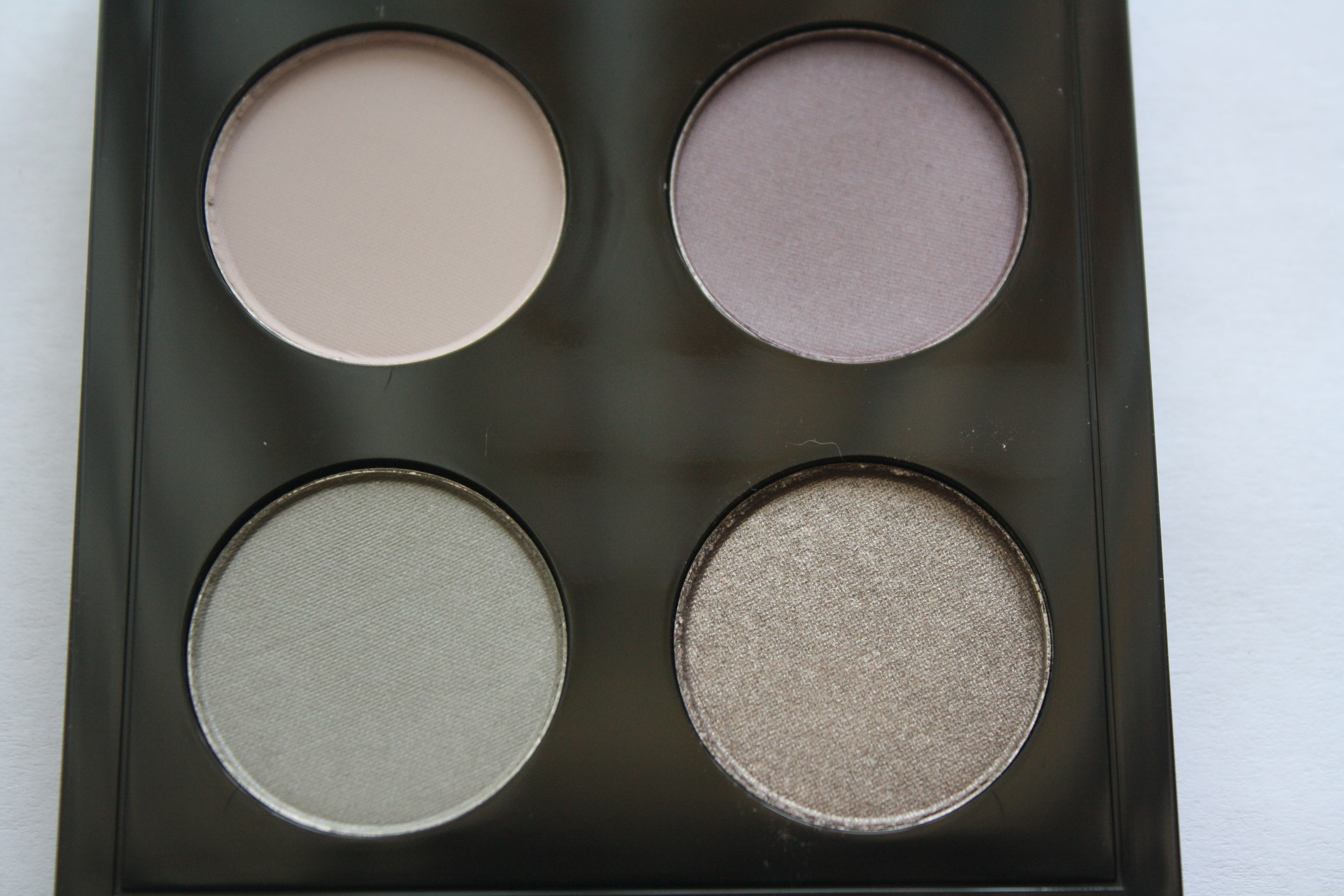 Mac Me Over Lady Grey Eyeshadow Quad Review Swatches